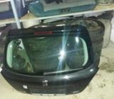 Peugeot 207 zadnja vrata gepek