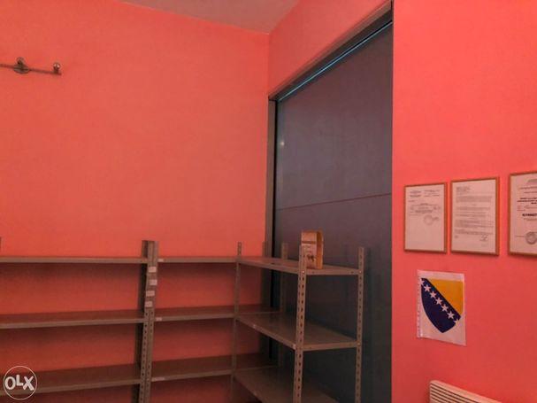 [IZDAVANJE] Poslovni prostor u Mostaru TC PIRAMIDA