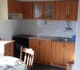 Izdajem namješten jednosoban stan u centru Brčkog