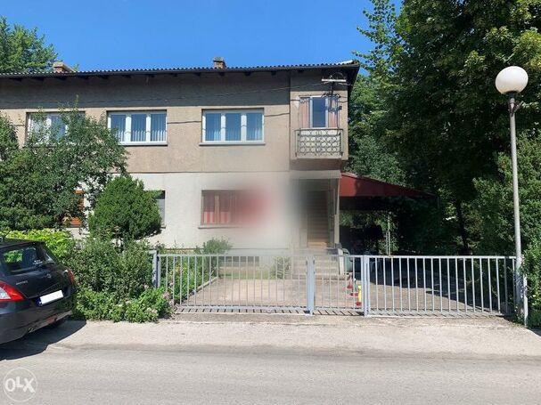 Zenica prodaja trosobni stan 63 m2