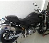 Ducati Monster 620 ie god 2005