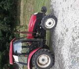 Traktor Yto 554